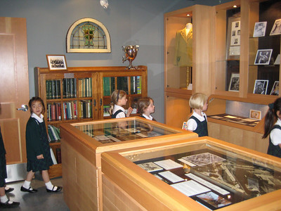 Gr. 1's Tour the Museum & Archives